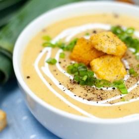 Instant Pot potato leek soup