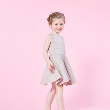 robe-mini-demoiselle-couture-kit-mode-patron-louis-antoinette