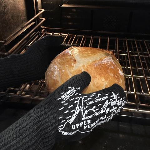 Michigan Oven Mitts