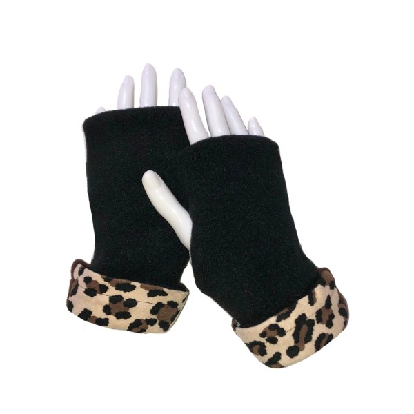 Cheetah Dalmatian Fingerless Gloves black with cheetah cuff
