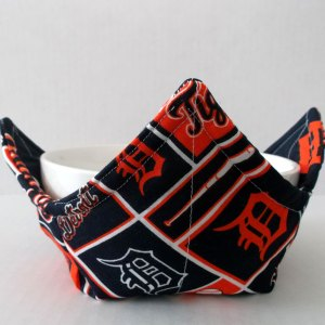 Detroit Tigers Microwave Bowl Holder Cozy Hot Pad