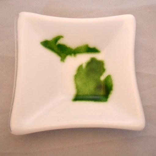 Michigan Dish Green & White