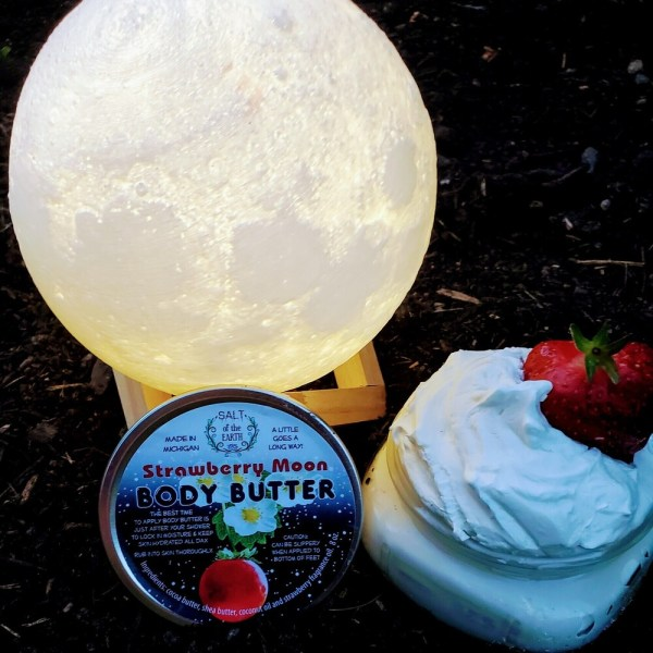 Body Butter Strawberry Moon