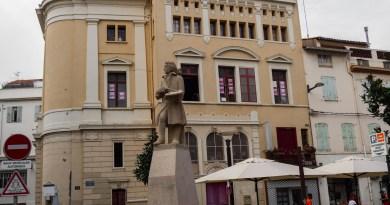 Du théâtre municipal à la Bourse du travail – La faculté de droit signe un nouveau bail