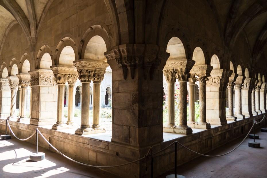 Cloître attenant à la Cathédrale d'Elne