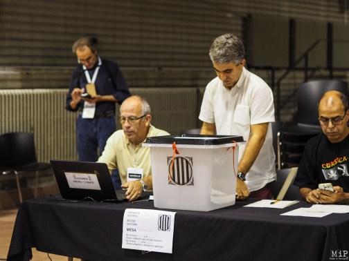 Référendum catalan du 1-O - Récit d'une journée historique-010326