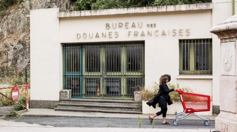 Les «Frontières» vues par JC Milhet et ses «apprentis» photojournalistes exposées au CIP