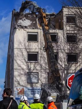 Perpignan Politique de la ville - Démolition de la tour N°4 de la cité Diaz-2120282