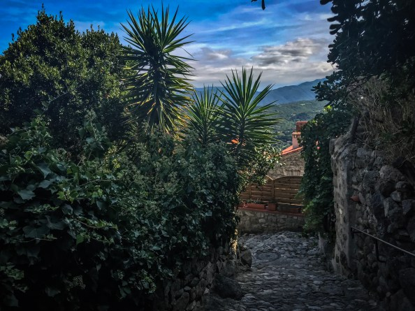 eus-village-pyrénées-orientales-KikiMagTravel