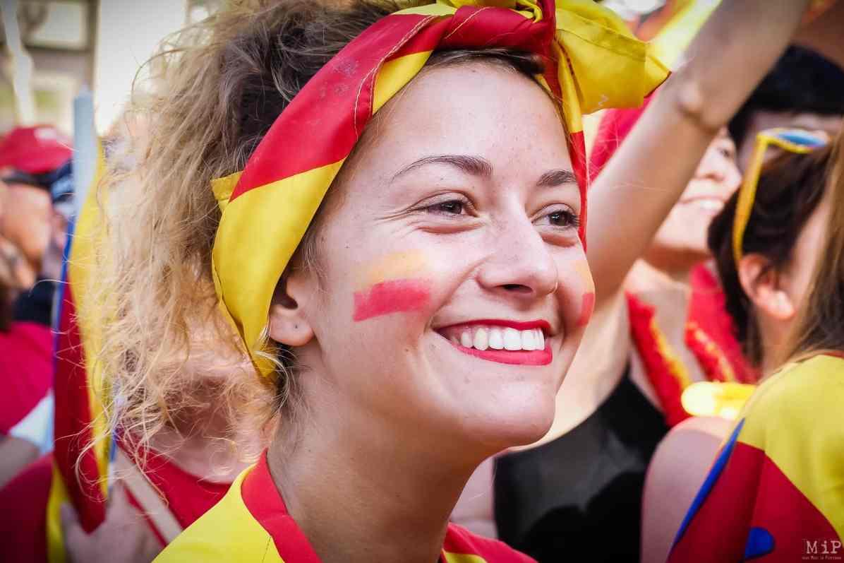 2016 - Mouvement autour du vote du nouveau nom de la région Occitanie. Contestation et manifestation dans les rues de Perpignan liée à la crainte de la perte d'identité catalane.