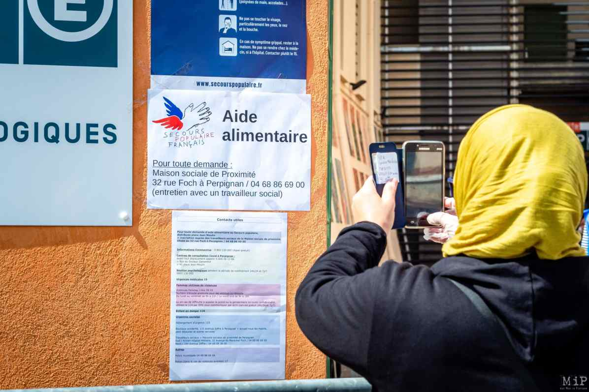 Archives Perpignan France 07-04-2020 Distribution colis alimentaire pauvreté précarité Secours Populaire Conseil Départemental Pyrénées-Orientales