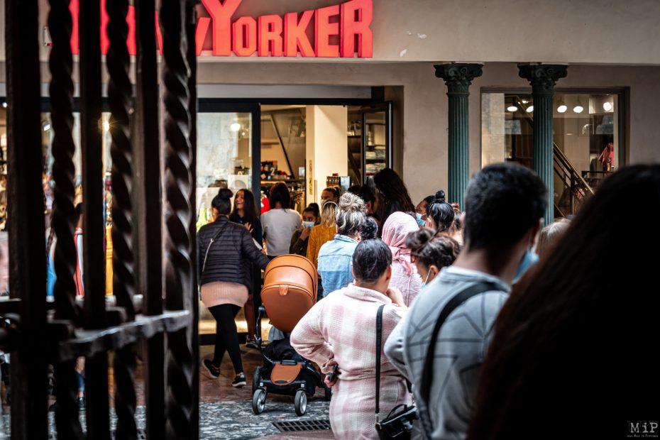 12/05/2020 Perpignan, France, deconfinement commerces magasins © Arnaud Le Vu / MiP / APM