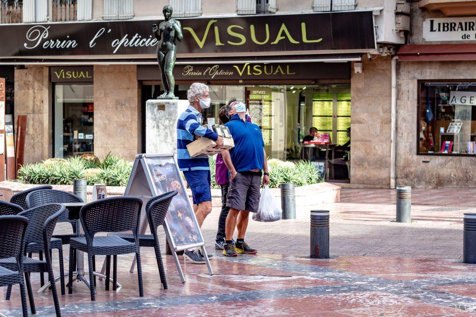 29/10/2020, Perpignan, France, Illustration vie quotidienne Covid-19 Coronavirus port masque commerce © Arnaud Le Vu / MiP