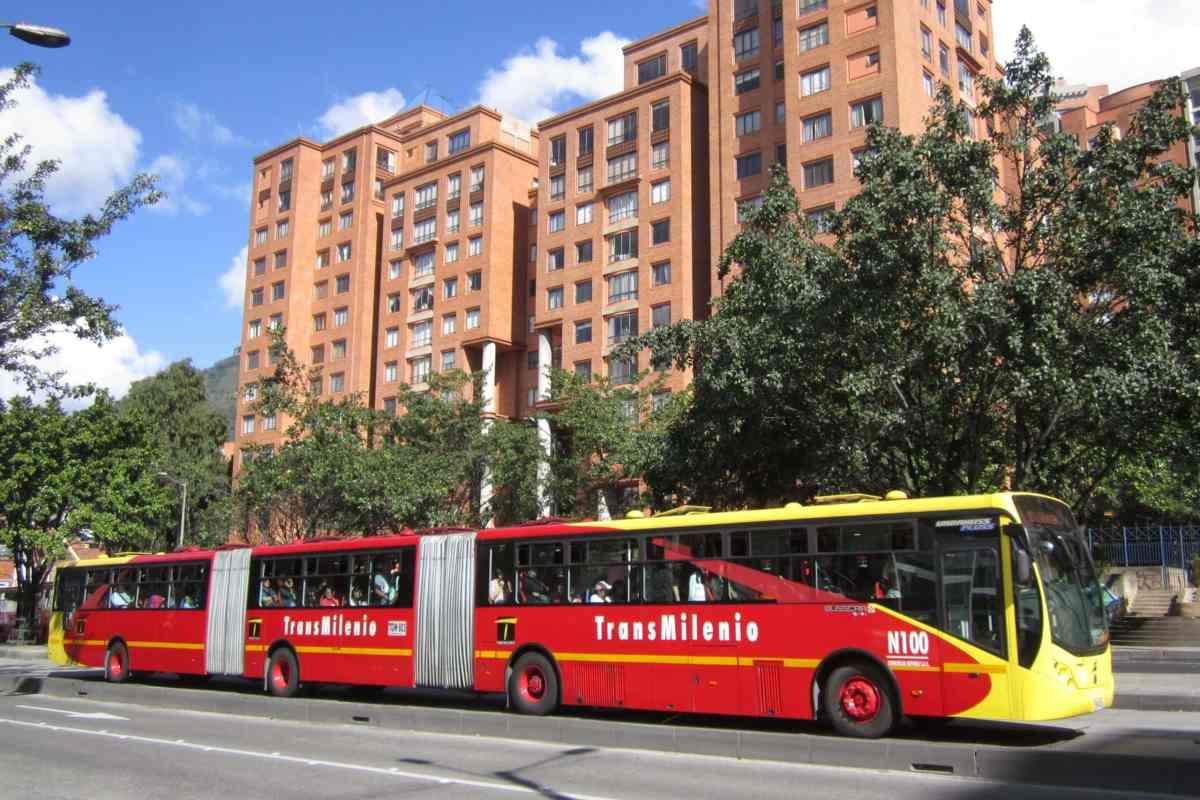 Transmilenio © Felipe Restrepo Acosta / Wikipédia