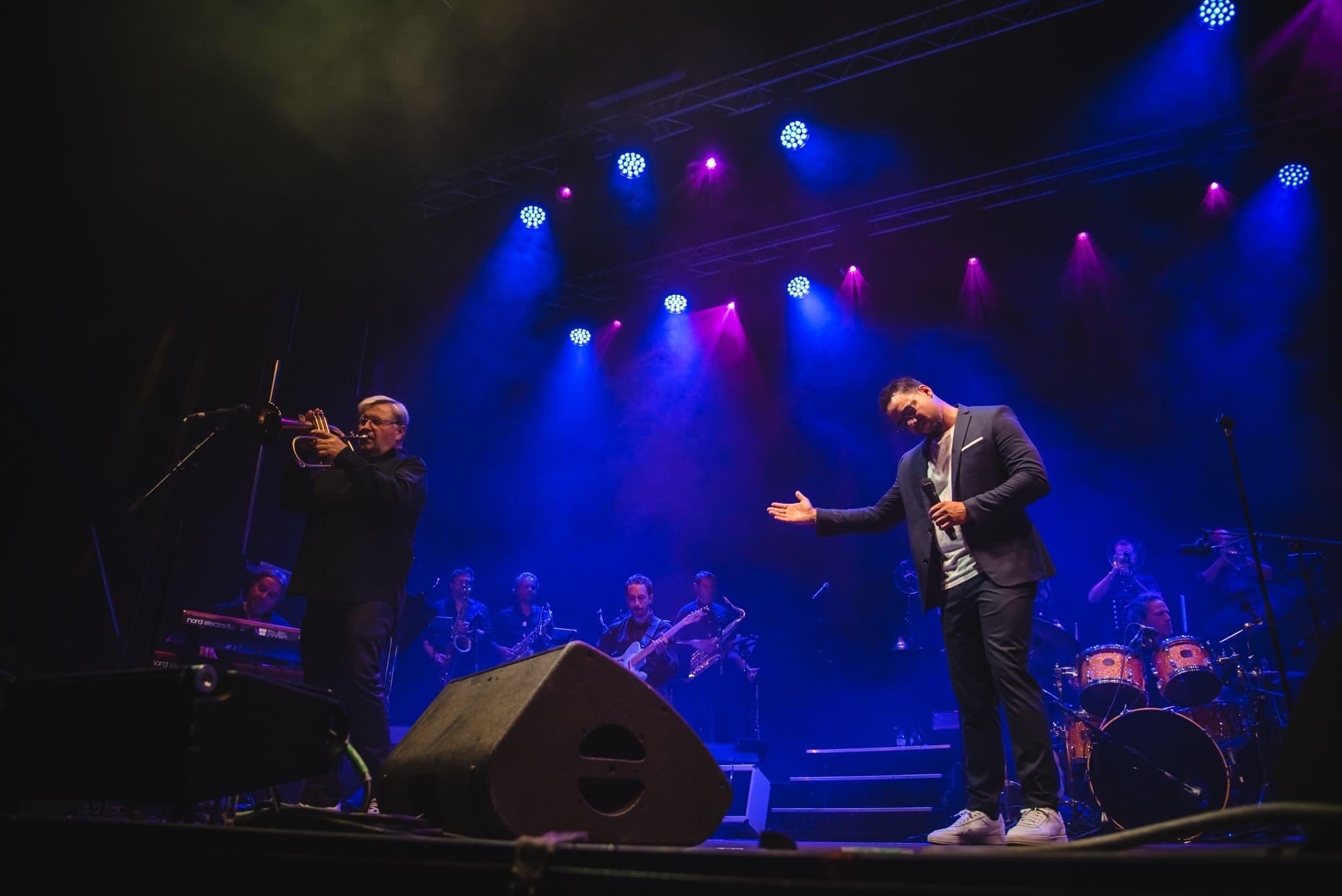 Ben et Big Band Brass au festival Music & Sea à Canet-en-Roussillon © Marie-Lise Modat