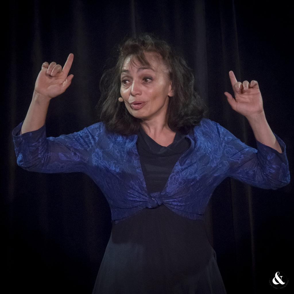 Nathalie Léone