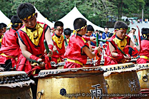 dragonunicornlion-dancefestival2009_1329