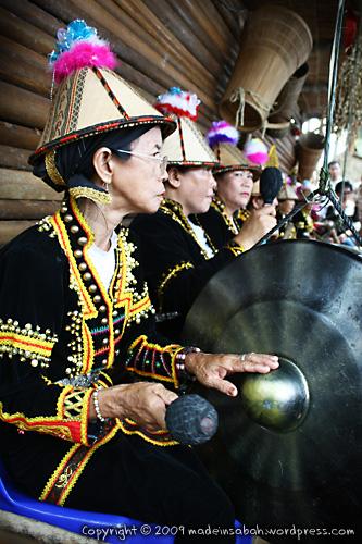 Tadau-Kaamatan-Festival-OpenHouse-Rumah-Terbuka-Kaamatan-2009_8824