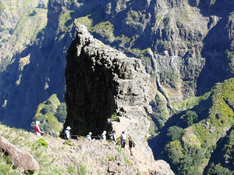 Pico do Areeiro to Pico Ruivo Walk (3)
