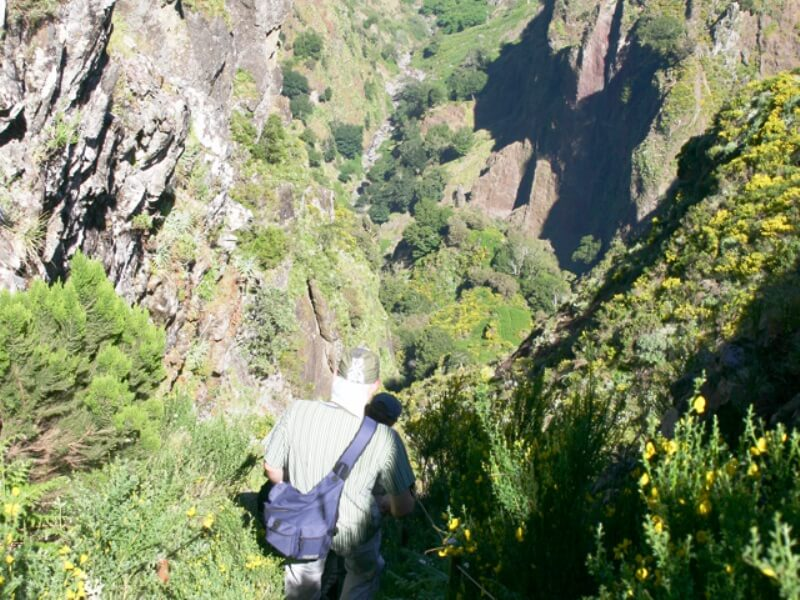 Pico do Areeiro to Pico Ruivo Walk (6)