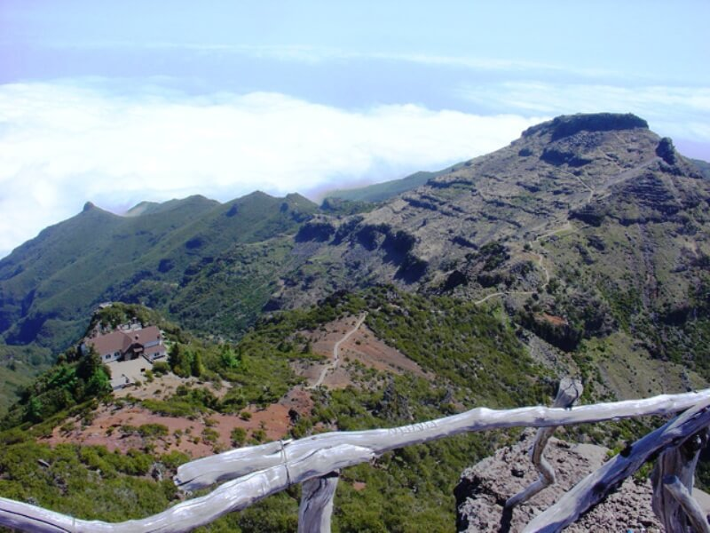 Pico do Areeiro to Pico Ruivo Walk (8)