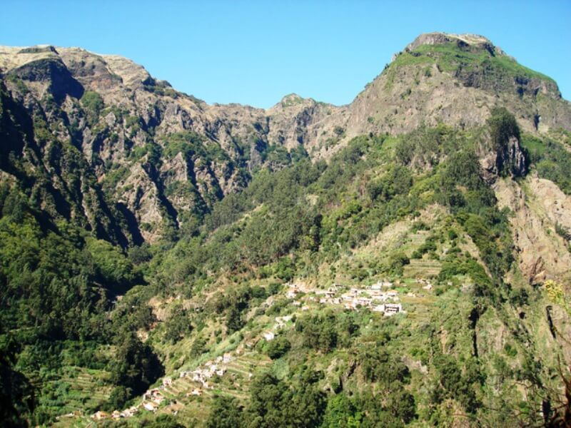 Eira do Serrado to Curral das Freiras Walk in Madeira (4)