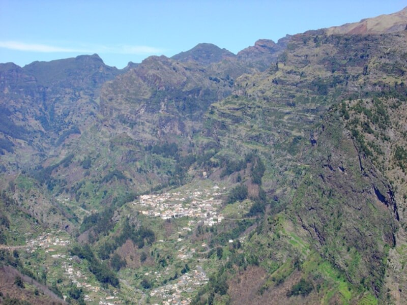 Nun's Valley Half Day Excursion in Madeira (2)