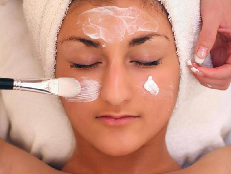 Wellness Holiday Package Madeira - Aesthetic treatment with Blepharoplasty + TCA Peeling (2)