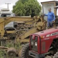 Após 24 anos, Prefeitura oficializa leilão de máquinas e implementos