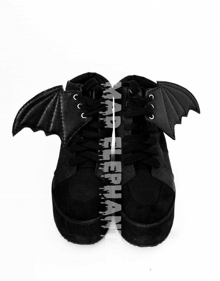 bat shwings