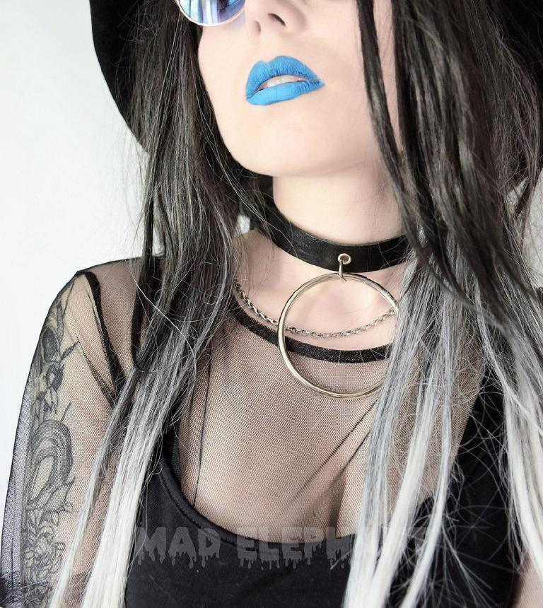 slave choker with big ring