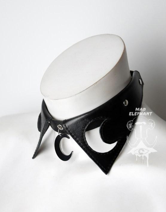 gothic black leather moon choker