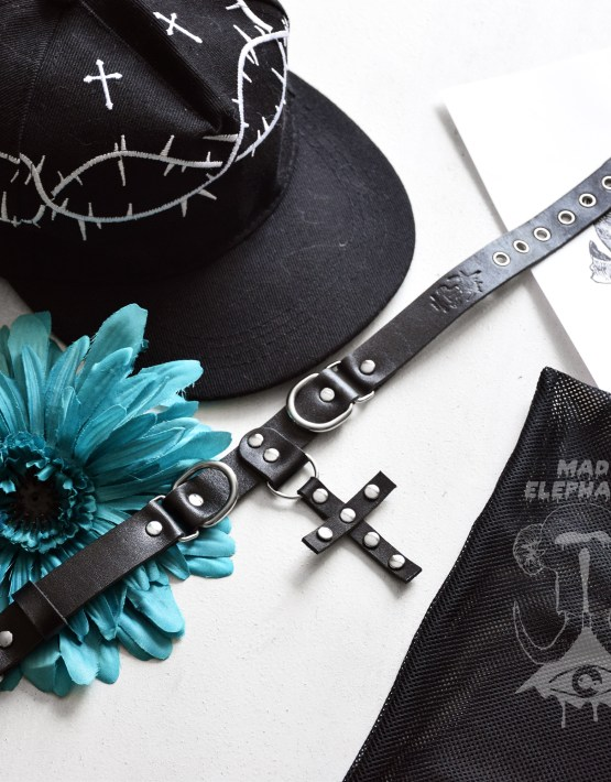 cross choker necklace leather