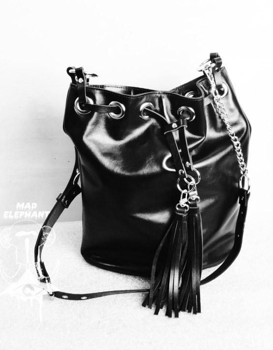 black tassel bucket bag