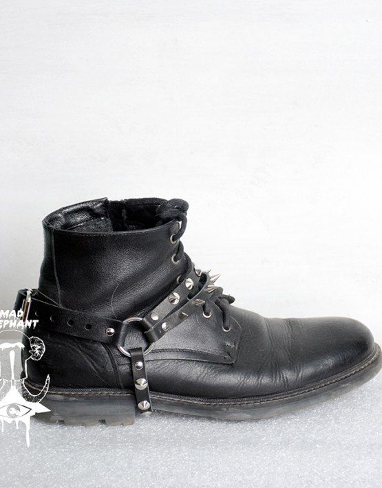 boot straps leather