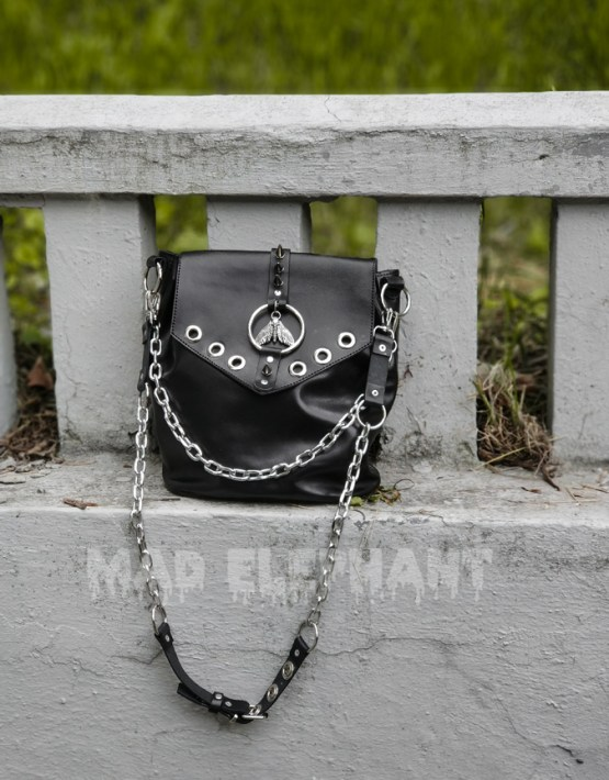 gothic leather bag, high quality, can be worn as crossbody and shoulder bag