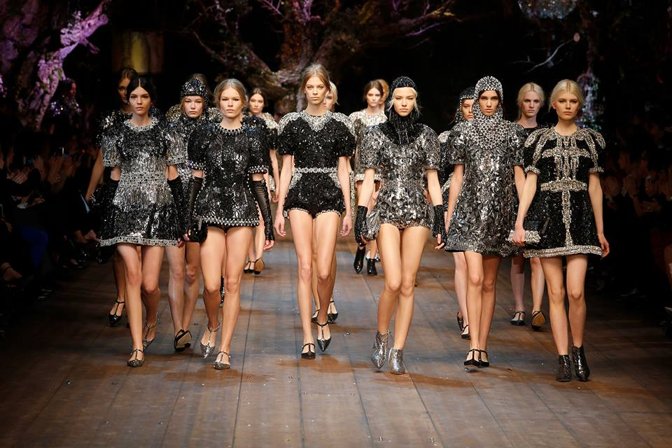one chant Dolce e Gabbana