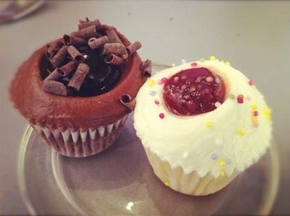 Cupcakes Triple-Chocolat / Fraise-Vanille