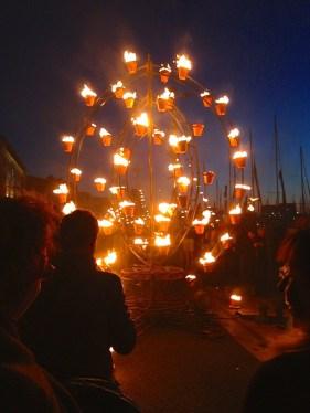 Entre flammes et flots 07