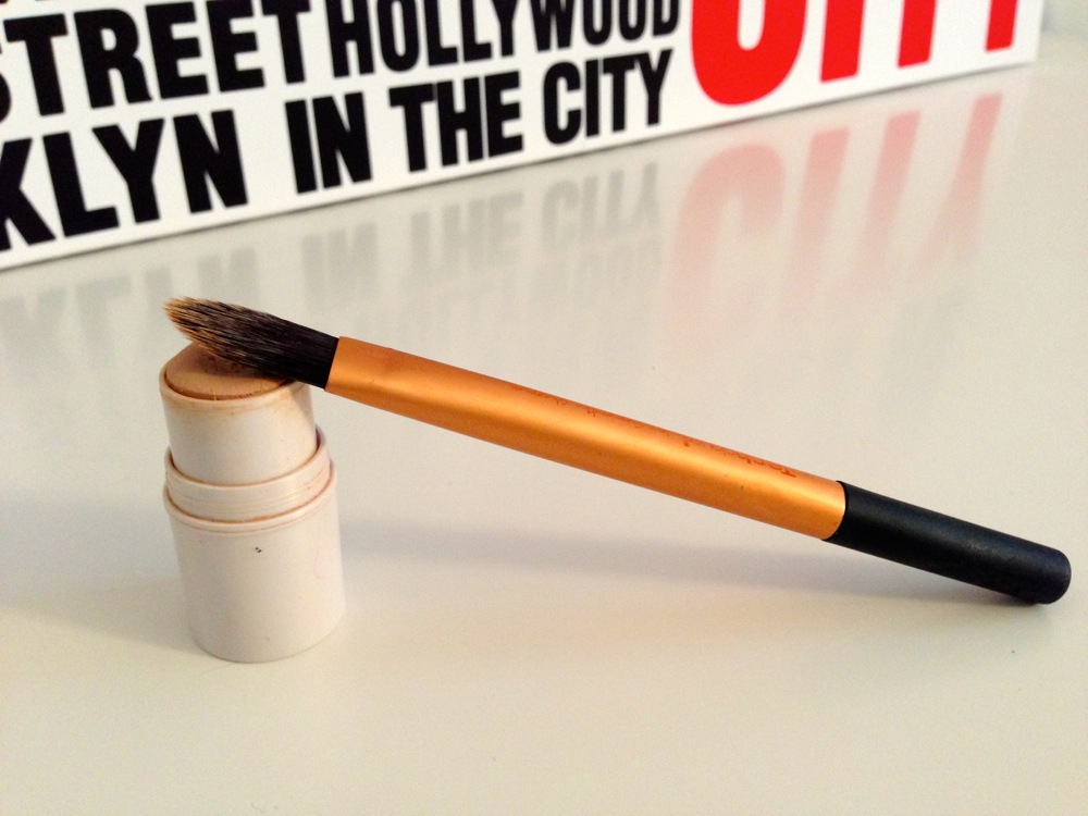 All Over Cover Stick - ELF & Pinceau pointed foundation brush - Real Techniques