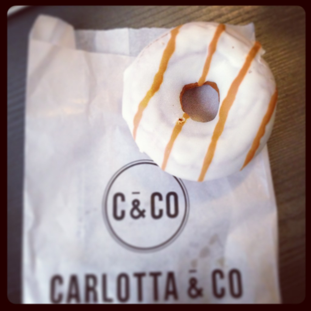 Photo Donut au caramel Carlotta & Co