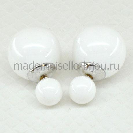 Серьги шарики белые Premium Frozen Glow 925