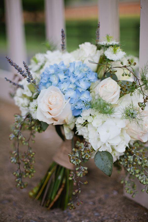 hortensien blau weiss rosen lavendel brautstrauss. Black Bedroom Furniture Sets. Home Design Ideas