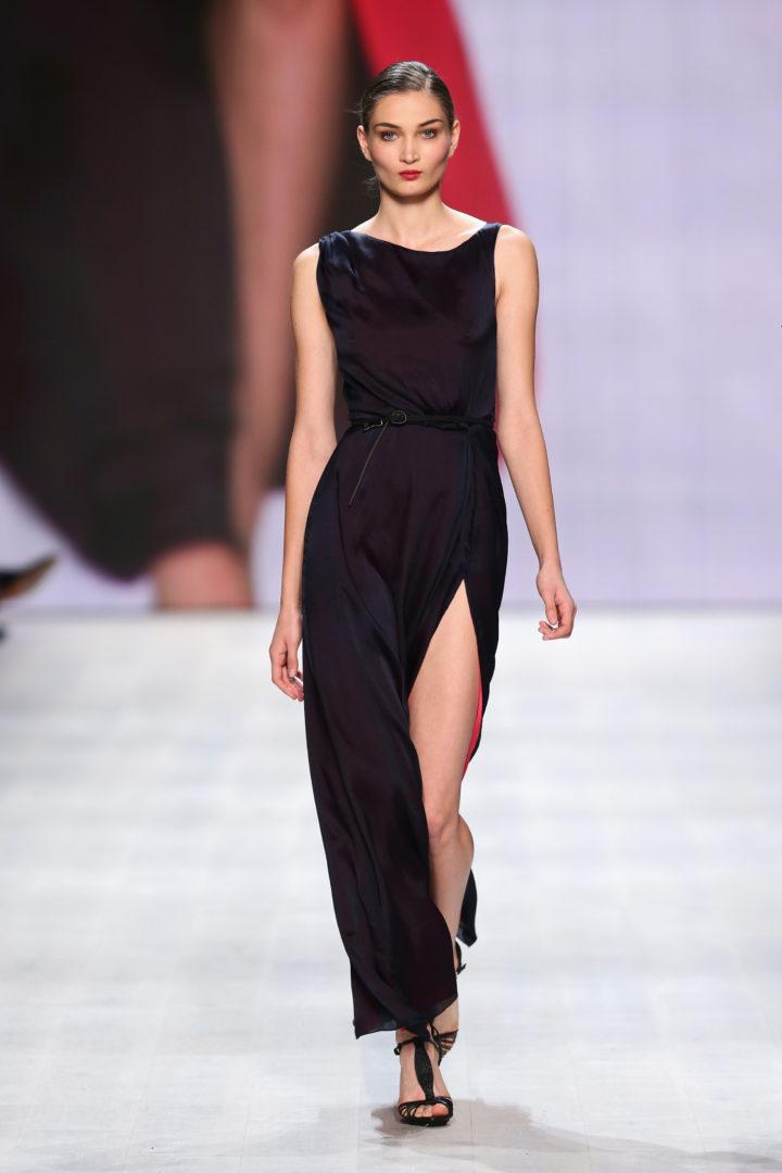 Die neue kollektion von aziza zina mademoiselle no more for Mercedes benz fashion
