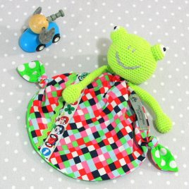 Bernard, doudou bébé, grenouille au crochet fait main