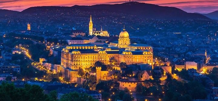 Castello-Budapest