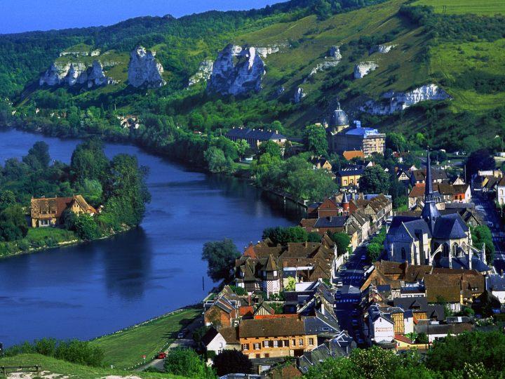 Les-Andelys-(France)