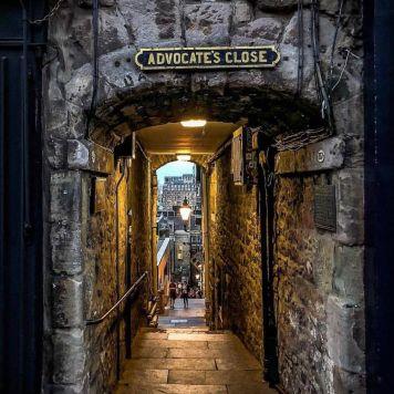 Edimburgo: uno dei Close in Royal Mile