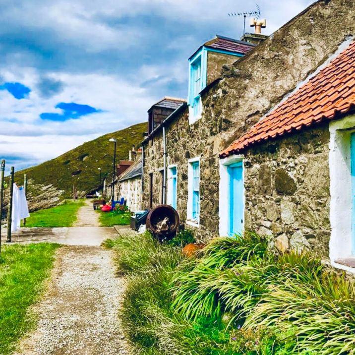Crovie, la fila di cottage
