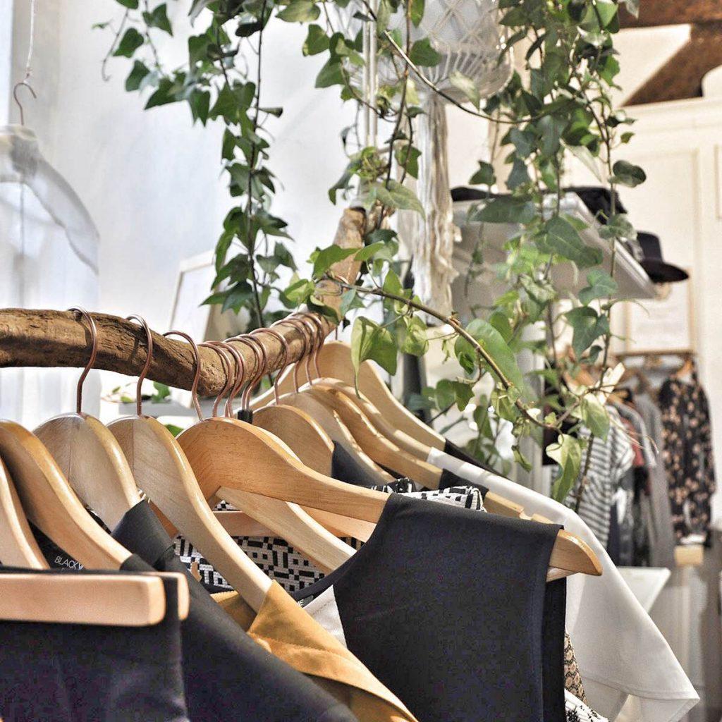 5 marques de mode éco-responsable en campagne de financement participatif sur Ulule. Dressing Responsable, boutique de mode éthique à Paris. Mademoiselle Coccinelle, blog mode responsable et made in France